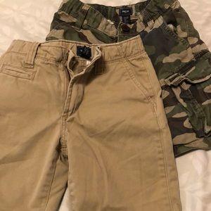 Boys size 6 gap shorts (2)